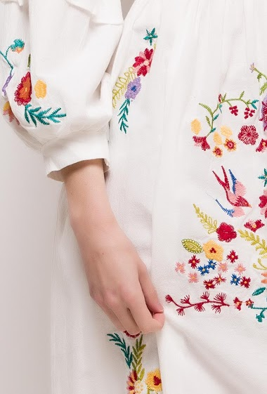 Lily Mcbee - Robe midi brodée