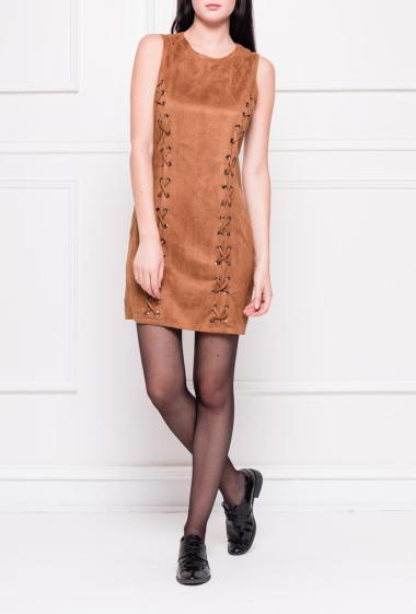 Sleeveless dress in suede with lacing on the front, zip on the back