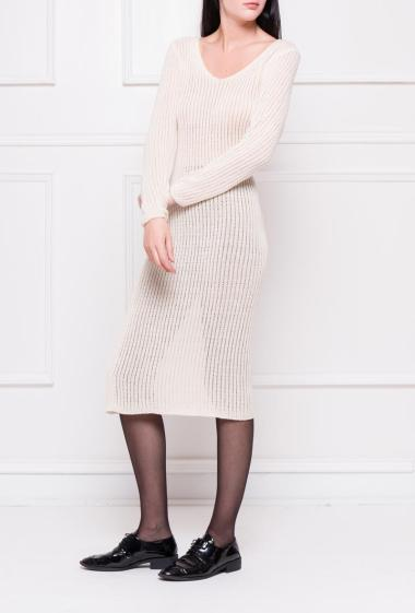 Dress in ribbed knit with long sleeves