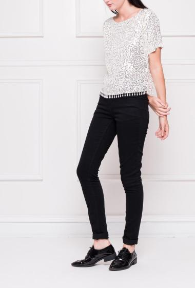 Sequins top with short sleeves, border  with fringes