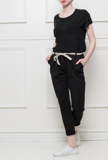 Fleece trousers with pockets, belt, elastic waist, casual fit, comfortable and stretch fabric - sportswear style