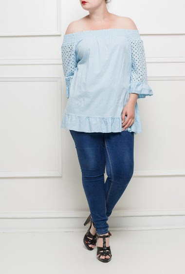Bardot top with ruffle border, off shoulder design, eyelet embroidery - TU corresponds to T40/44