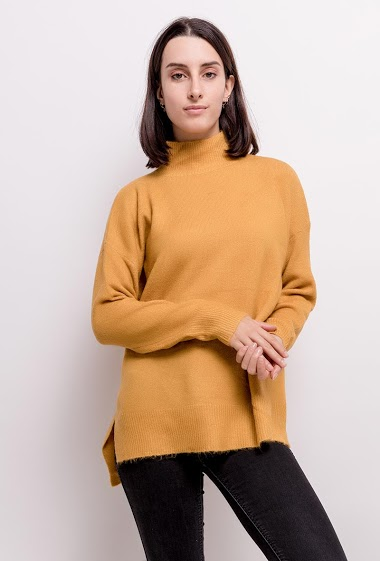 Sweater with funnel neck
