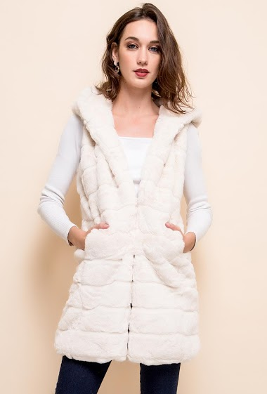 Sleeveless fur jacket