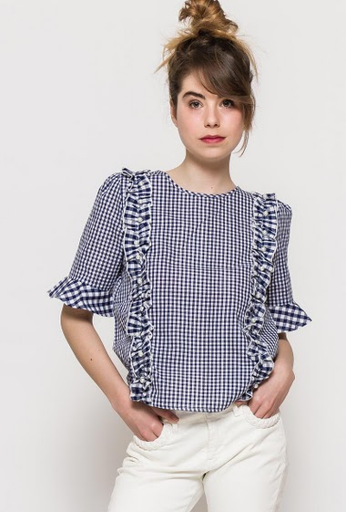 Cotton check top, short sleeves, ruffles, regular fit. The model measures 176cm and wears S. Length:58cm