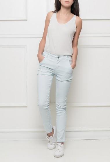 Pantalon en coton stretch, coupe slim et basique, bande sur le côté