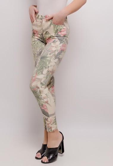 Skinny pants with printed flowers