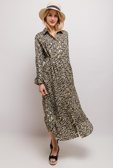 Dress with leopard print. The model measures 170cm and wears S. Length:127cm