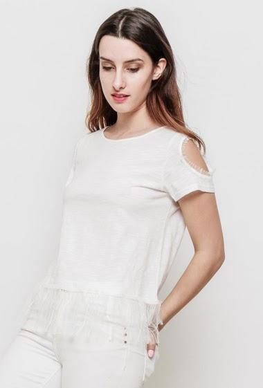 Chic t-shirt in slub cotton, lace yoke