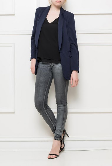 Open blazer, regular fit, padded shoulders, textured fabric