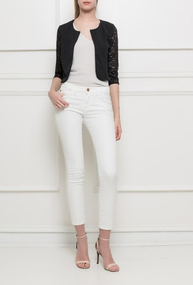 Collarless jacket, open front, 3/4 sleeves in lace, regular and cropped fit - TU corresponds to T38/40