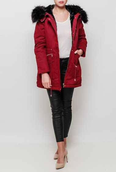 Burgundy parka with hood decorated with removable fur, faux-fur lining for extra warmth, functional pockets, drawstring waist, zip placket with press-stud closure, casual and trendy style