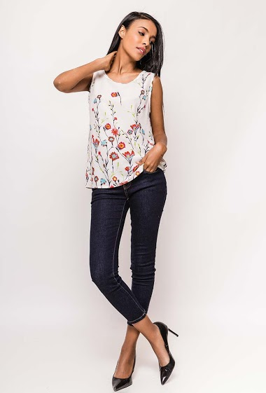 Top with printed flowers, regular fit. The model measures 174cm and wears S/8(UK) 36(FR). Length:60cm