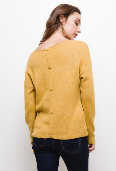 Sweater with lurex and buttons on back, The model measures 177cm, one size corresponds to 10/12(UK) 38/40(FR). Length:60cm
