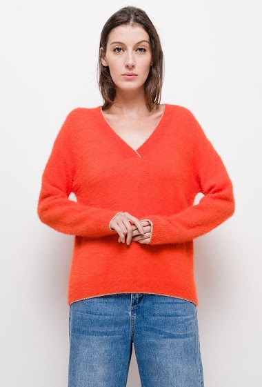 Mohair sweater v-neck with shiny edging