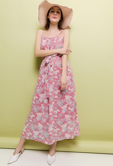 Strappy dress with print. The model measures 177cm and wears S. Length:130cm