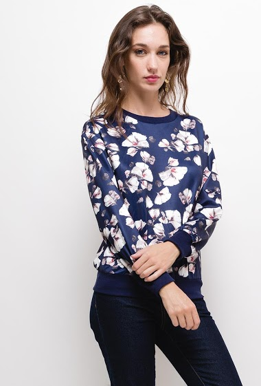 Sweat with printed flowers, The model measures 177cm and wears S. Length:60cm