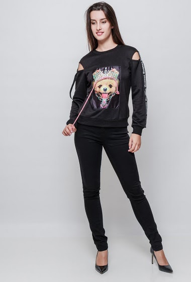 Sweatshirt with printed dog, strass, cold shoulder design, casual fit. The model measures 176cm and wears S