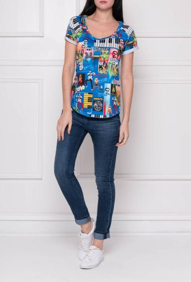 Printed jersey top with short sleeves
