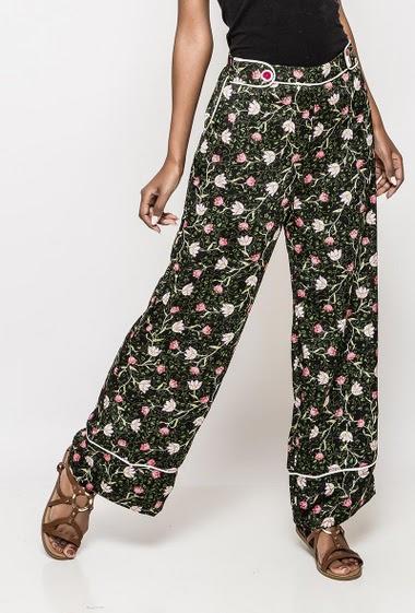 Wide leg pants, elastic waist, printed flowers. The model measures 172cm and wears S