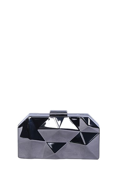 Minaudière in geometric metal, worn and carried with chain, dimensions 18 * 3 * 10 cm