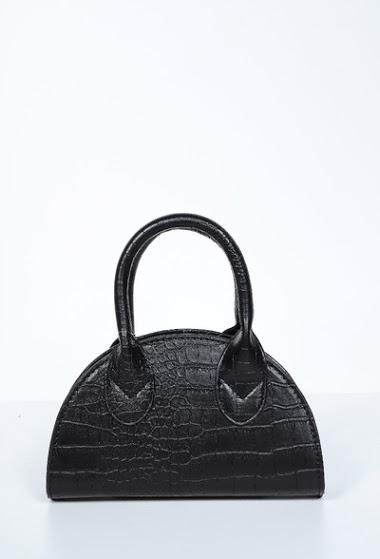 Small crocodile bag with chain strap,dimensions 22*5*13cm