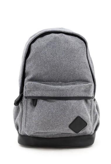 Backpack. 28X15X42 cm