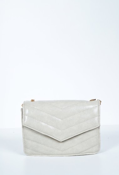 quilted bag, to be worn over the shoulder or over the shoulder