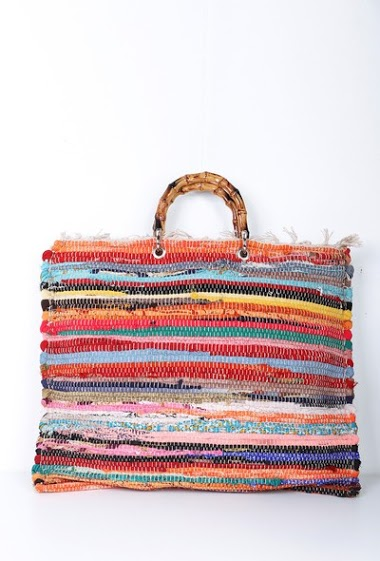 Tapestry bag with bamboo wrist