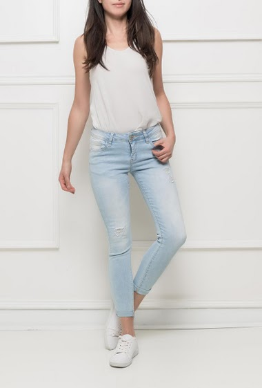 Faded and ripped jeans, skinny fit