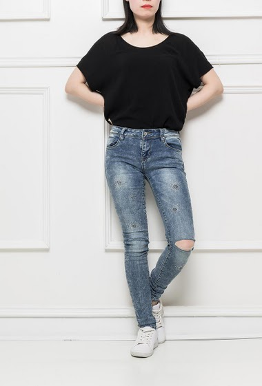 Jeans decorated with sequins, ripped knees, slim fit, ultra stretch fabric