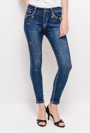 Slim jeans with strass