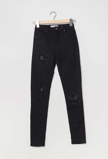 Damaged pants with strass