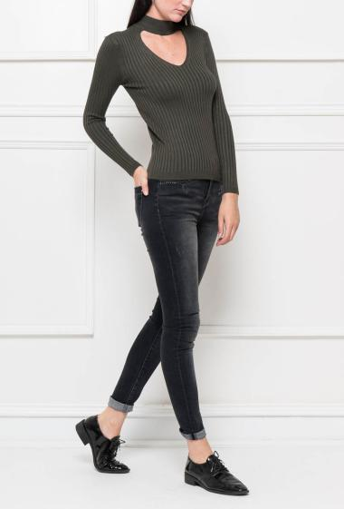 Ribbed knit top with stand-up and open collar