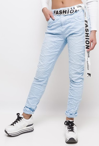 Jeans with belt FASHION LOVE