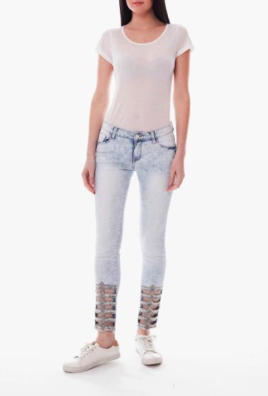 Straight jeans, low openwork pattern with sequins