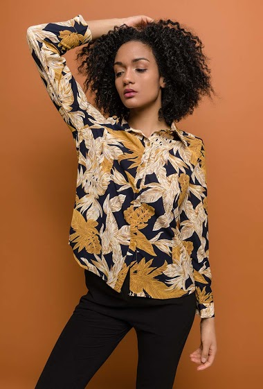 NOéMIE & CO shirt with printed flowers<