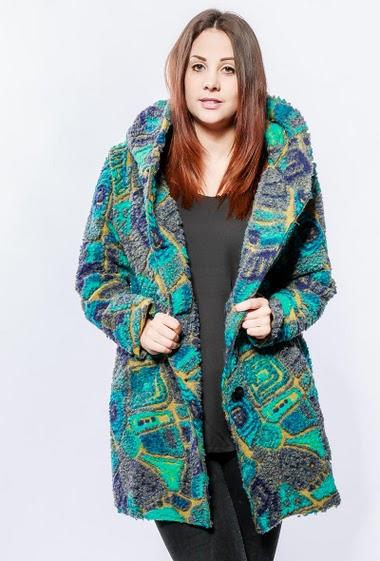 Manteau à motifs, poches. La mannequin mesure 174cm, TU correspond à 40-46
