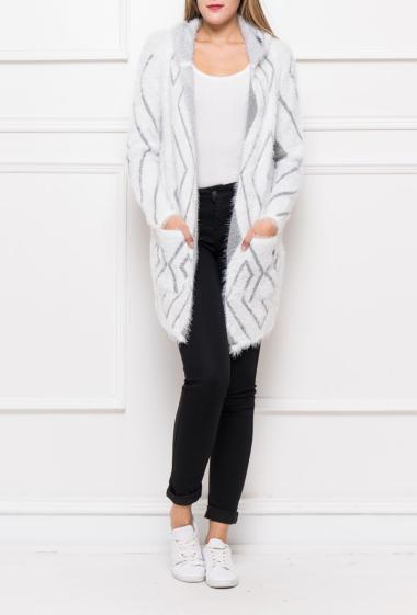 Open long cardigan in fluffy knit with graphic pattern, hood