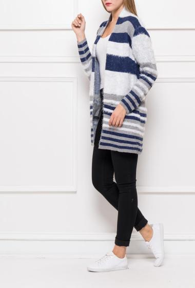 Open cardigan in soft knit with colorful stripes, pockets