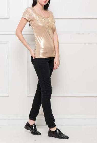Bi-material t-shirt with back in lace, strass on the front, short sleeves