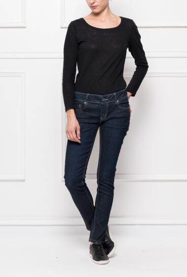 Jean classique, coupe skinny
