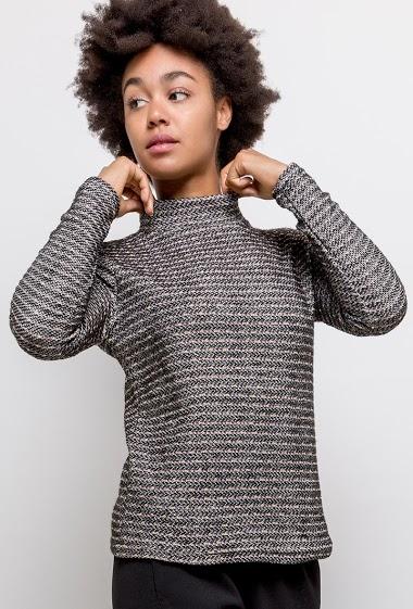 Shiny sweater