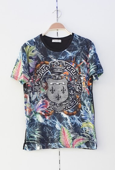 T-shirtT-shirt