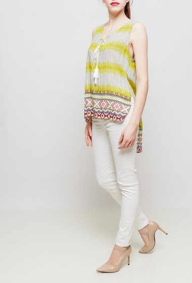 Tank top with stripes and printed border, lace-up collar, side slits, fluid and supple fabric, soft touch