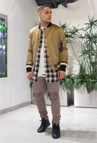 Sand bomber jacket Sixth June Men. Satin fabric. Zip on the left arm. Gathered sleeves