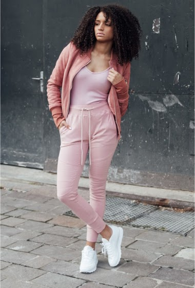 Sixth June joggers for women with a biker yokes and slim cut. Elastic waistband, side and back pockets. Plain pink model.