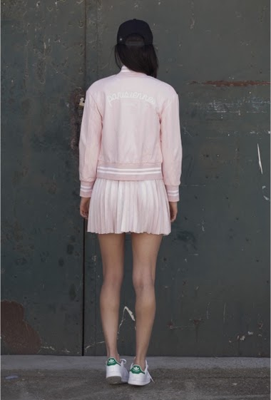 Jacket teddy light pink Sixth June Women. Parisiennes de Paris on the back. Press stud.
