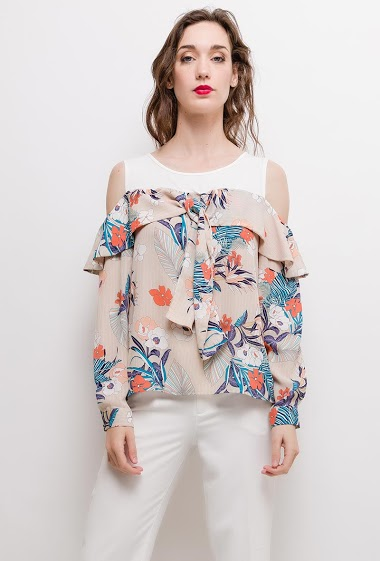 Cold shoulder blouse, printed flowers, long sleeves. The model measures 177cm and wears S. Length:60cm