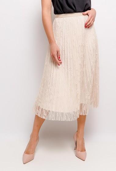 Jupe féminine plissée en dentelle